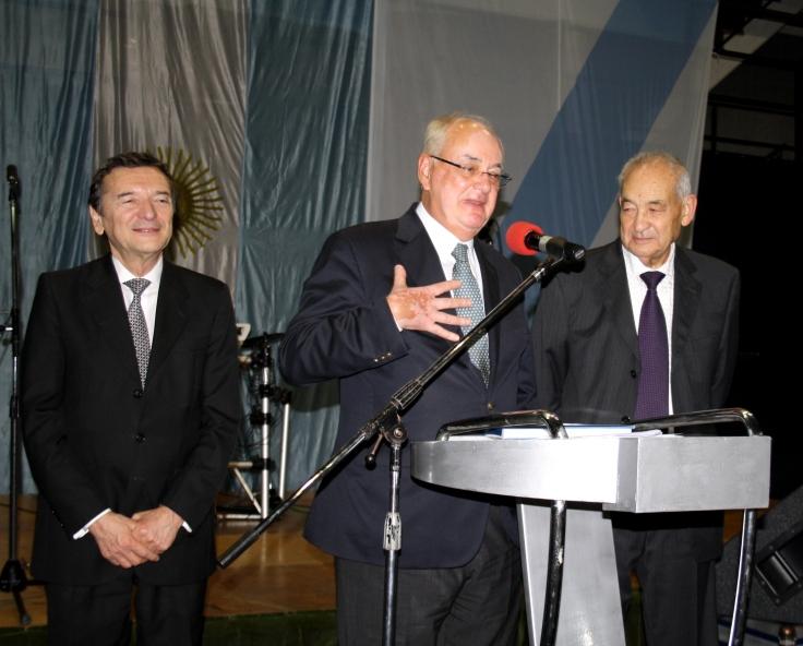 Reconocimiento a Francisco Moldés