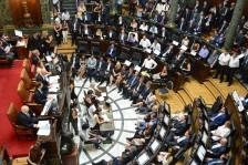 Sesión de la Legislatura que aprobó el mojón del Camino de Santiago